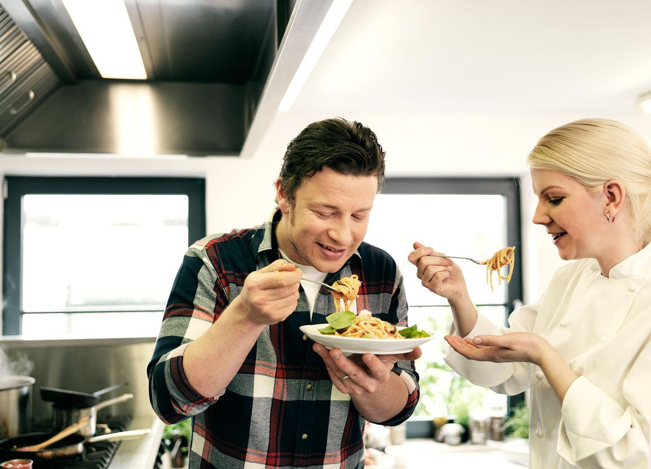 Jamie Oliver öppnar italienskt i Stockholm