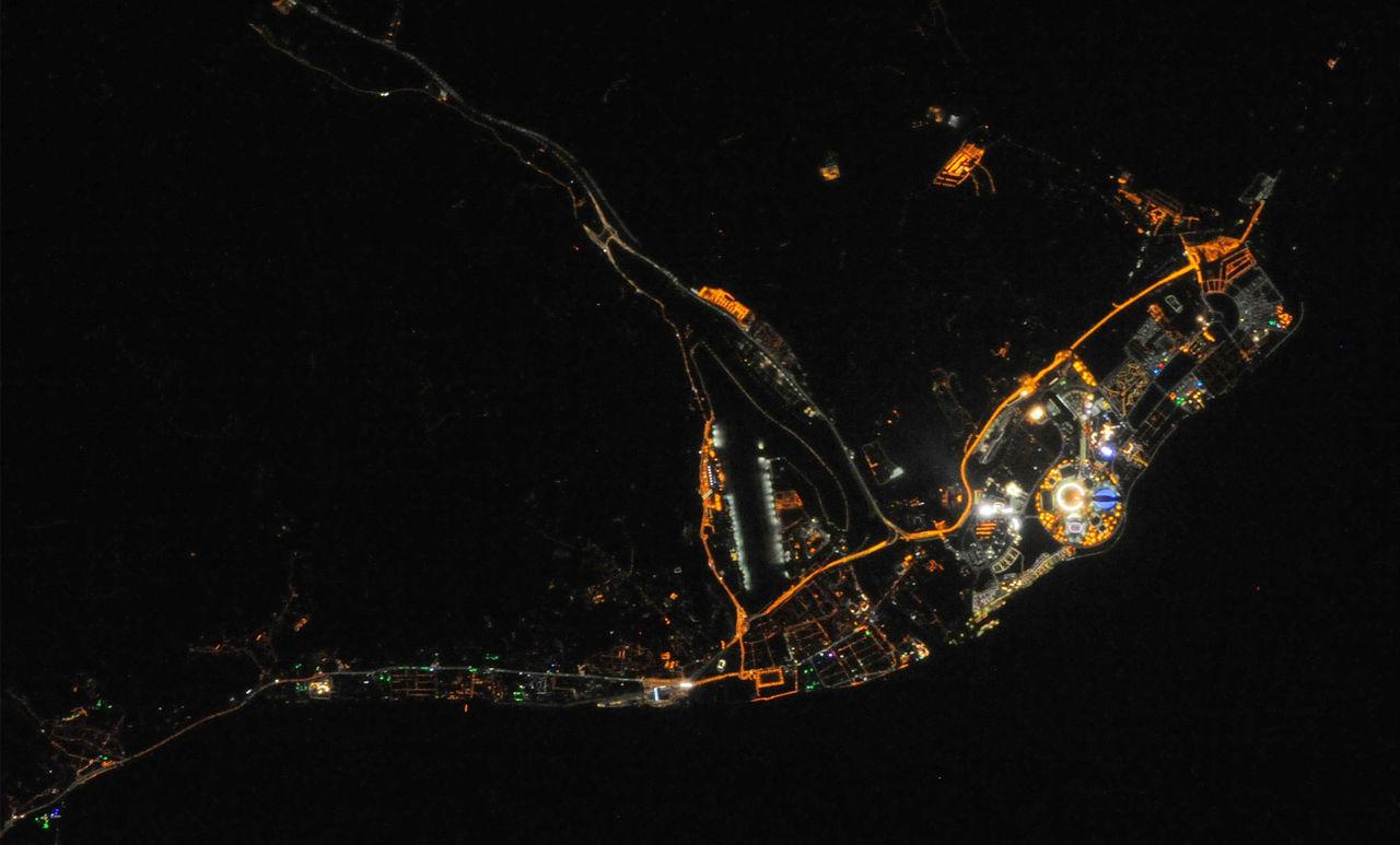 Den olympiska elden går att se från rymden