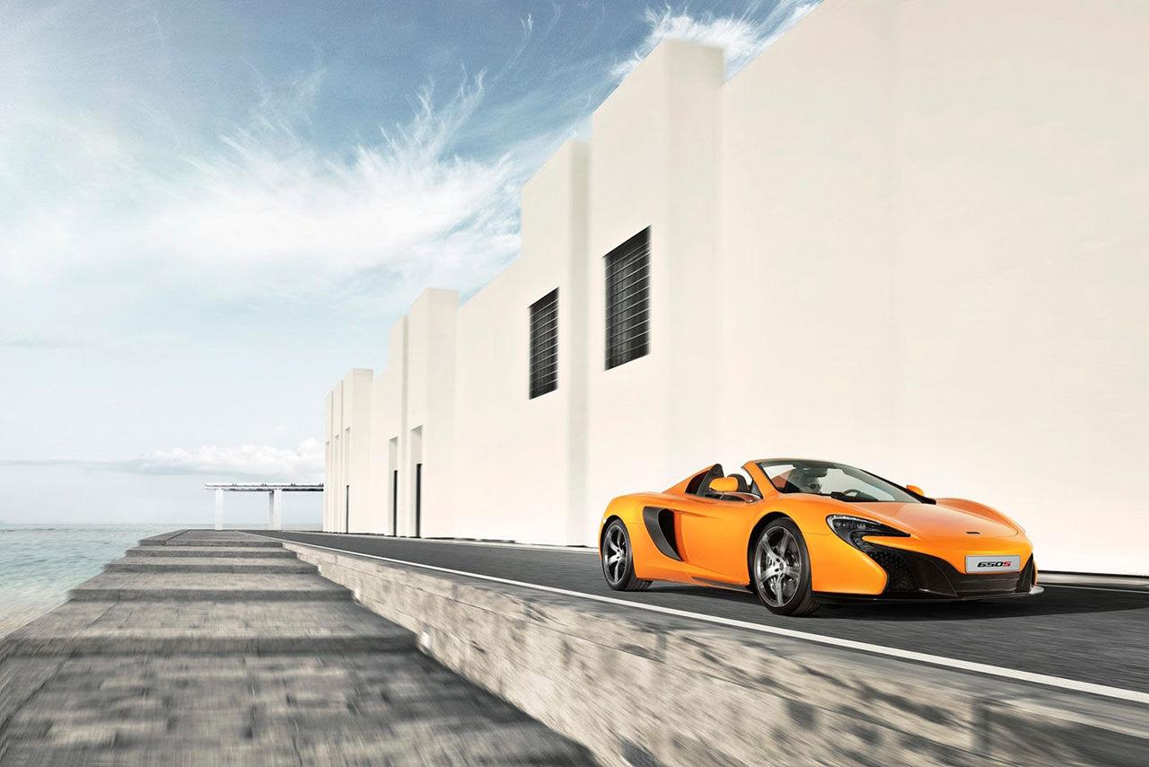 McLaren 650S tappar taket