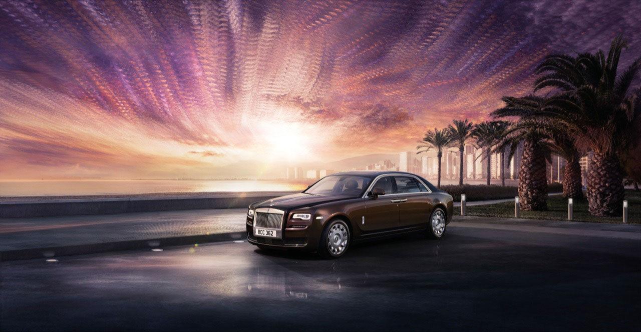 Rolls-Royce lyfter Ghost