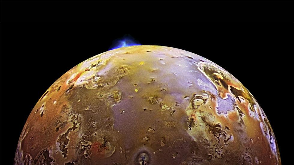 Vulkanutbrott på en av Jupiters månar