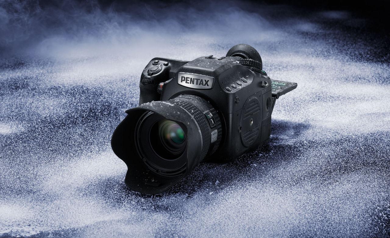 Mellanformatskamera med ISO 204 800