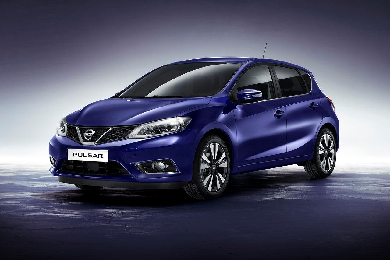 Nissan visar upp den nya modellen Pulsar