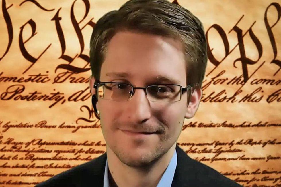 Oliver Stone regisserar The Snowden Files