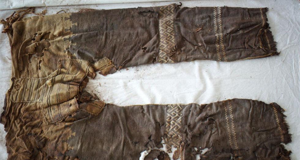 3 000 år gamla byxor hittade