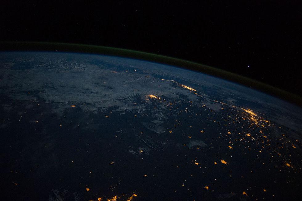 Så här kollar man på Fotbolls-VM från rymden