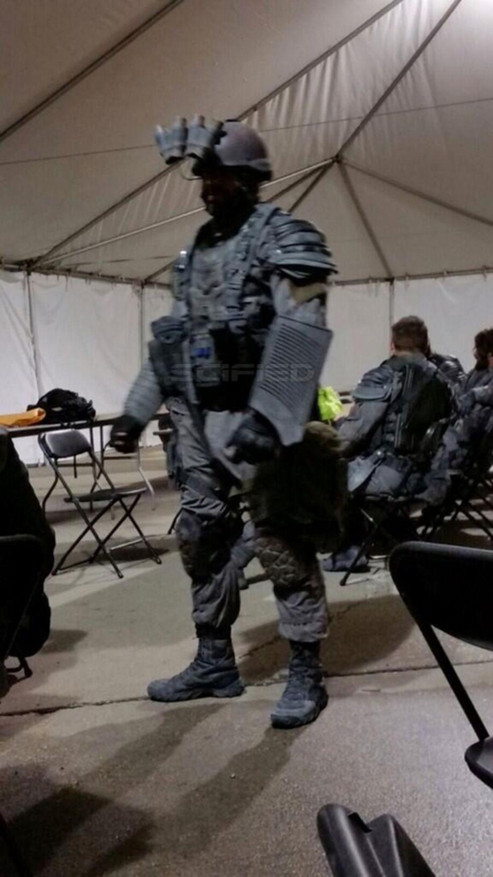 En första titt på rustingen i Terminator: Genesis