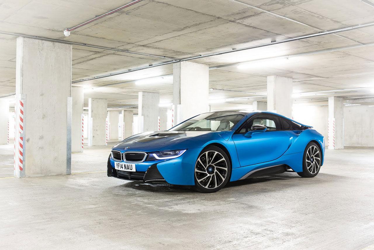 Så mycket kostar utrustningsnivåerna till BMW i8