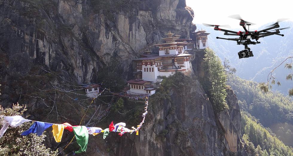 Sjukvårdsdrönare testas i Bhutan