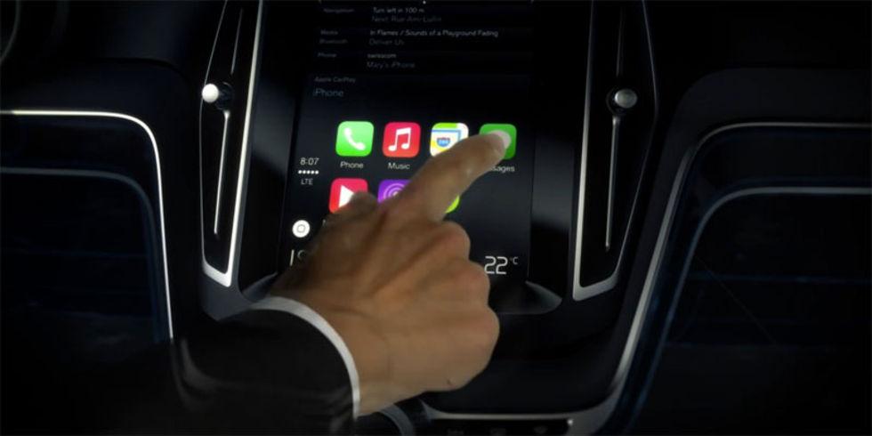 Inget CarPlay i bilar från Volvo eller Mercedes i år