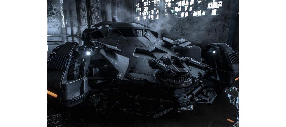 Första officiella bilden på Batmobilen