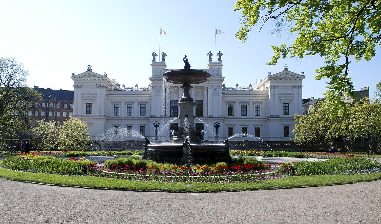 Två svenska universitet på topp-100-lista