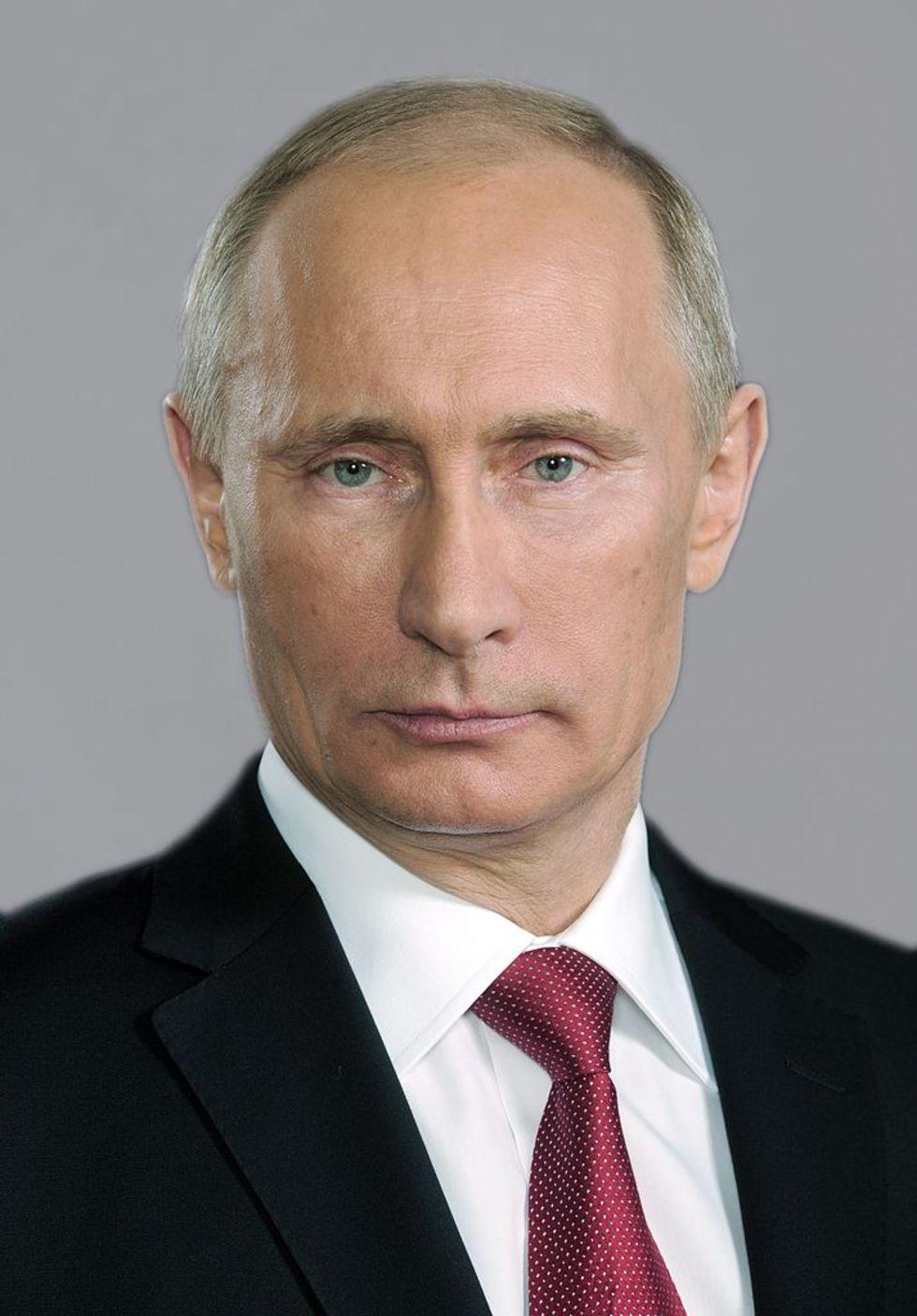 Putin vill kontrollera internet hårdare