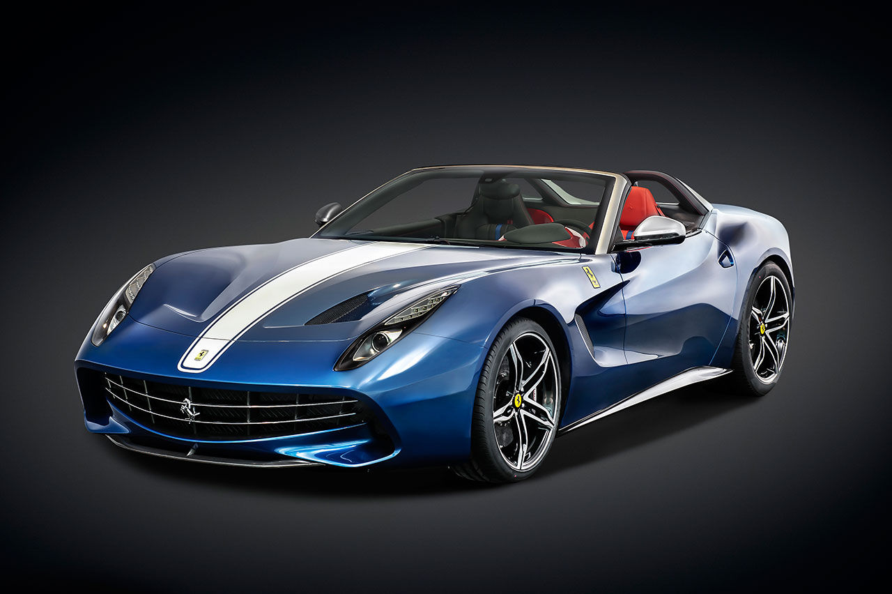 Ferrari visar specialmodellen F60America