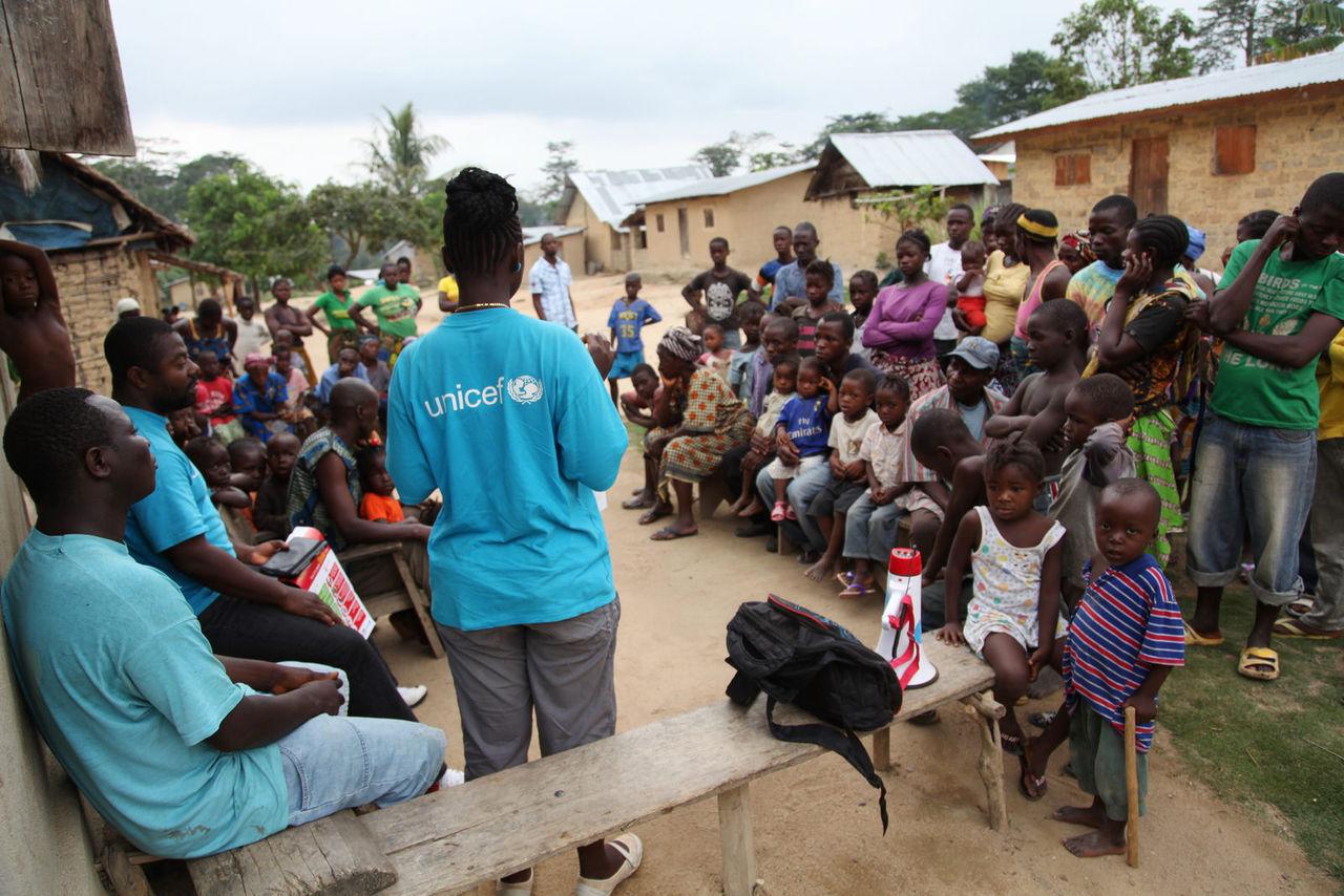 Vaccin mot ebola ska vara klart nästa år