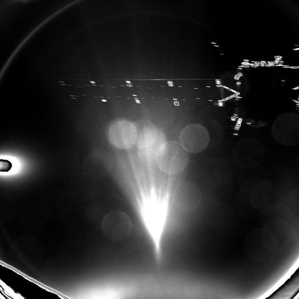 Första bilderna från Rosetta och Philae är här