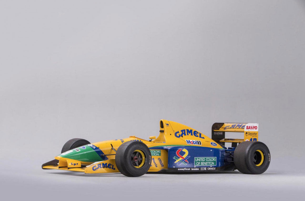 Nu kan du köpa Michael Schumachers gamla F1-bil