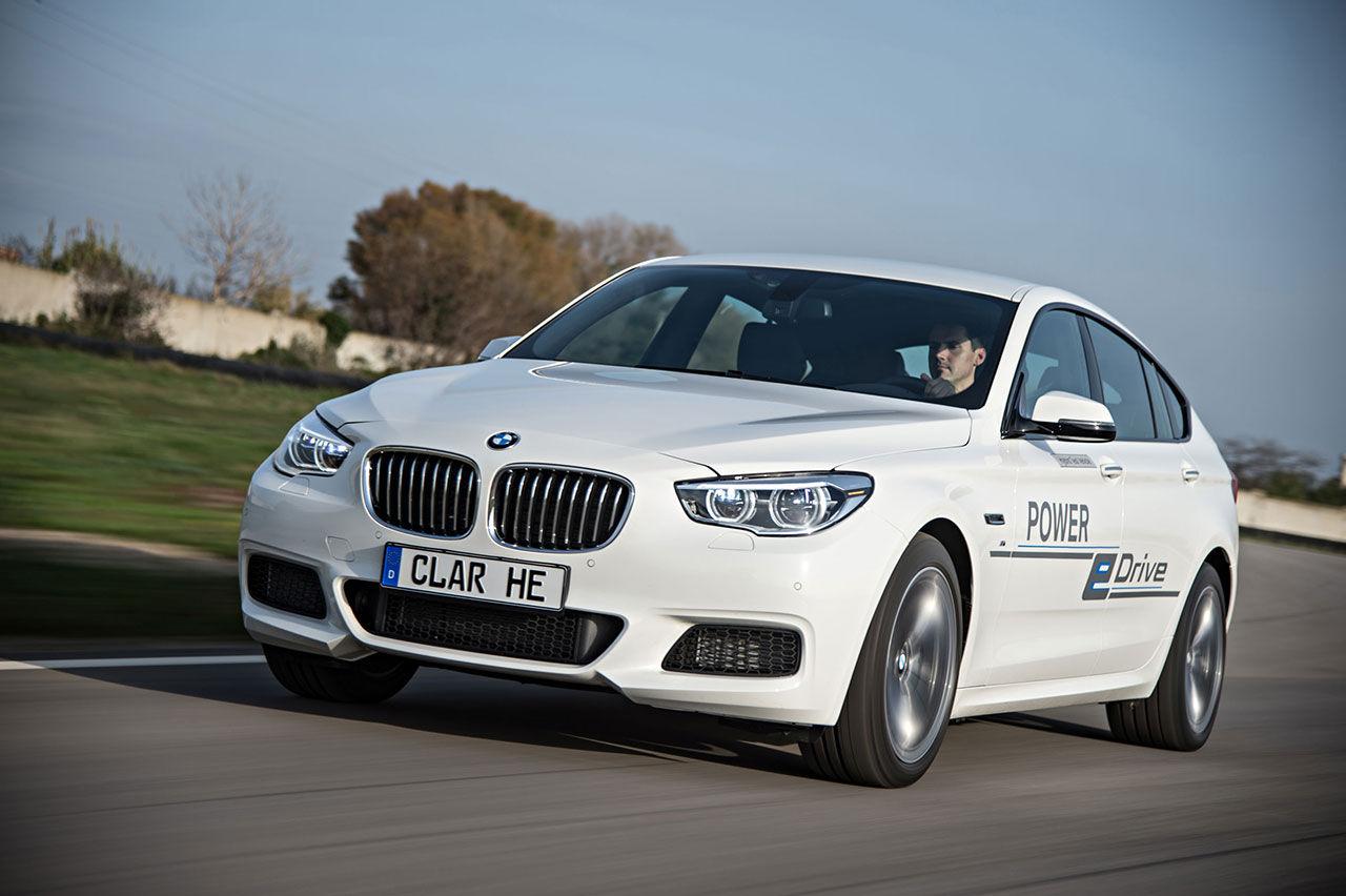 BMW:s plug-in hybrid Power eDrive har nästan 700 hästar