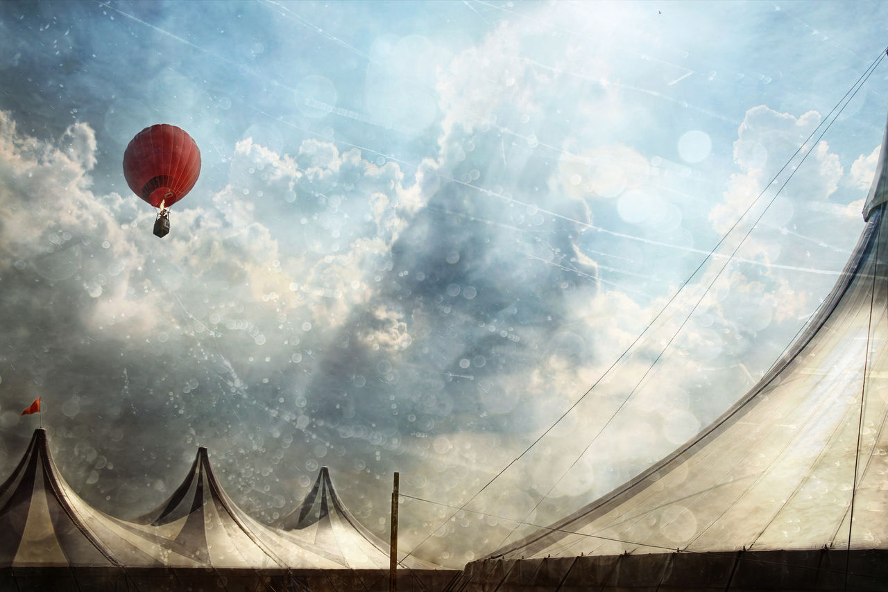 Cirkus skickar upp hamstrar i ballonger