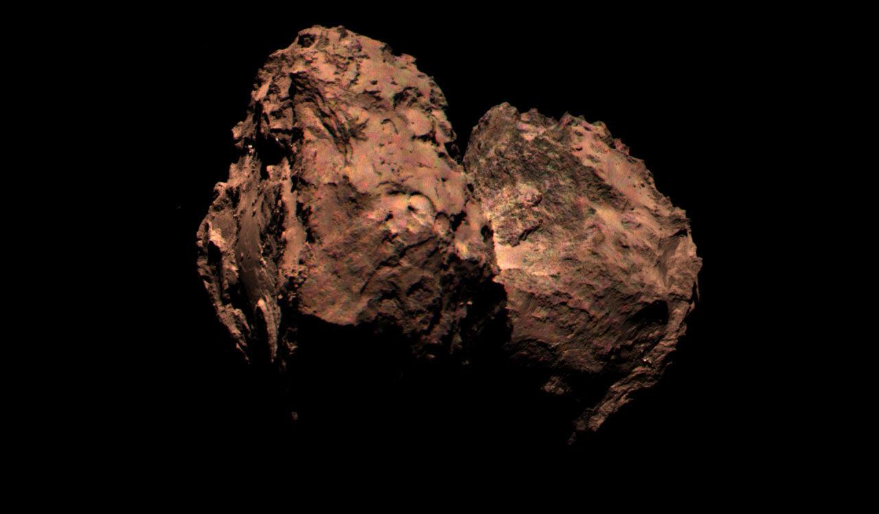Första färgbilden på kometen 67P