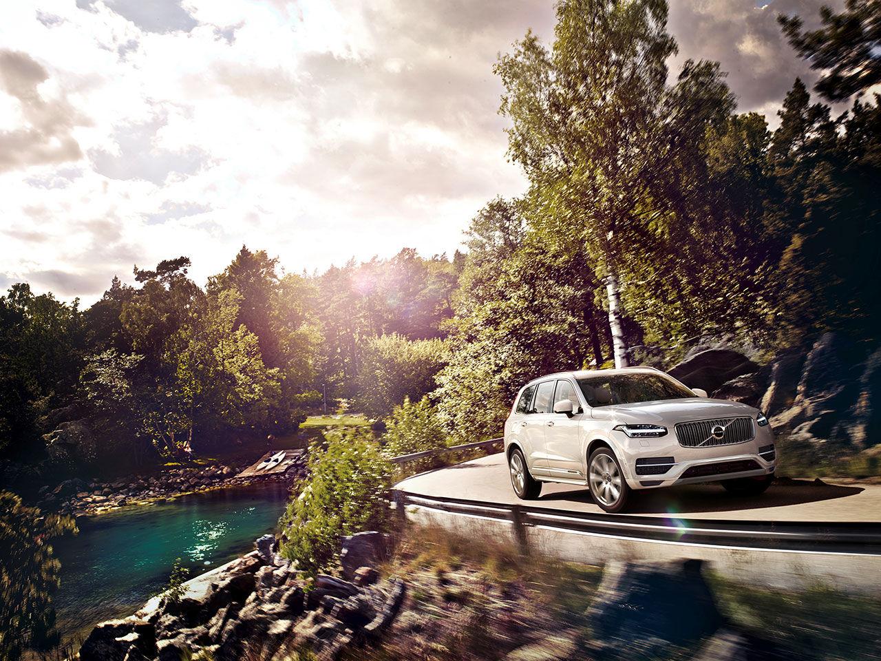 Volvo XC90 T8 drar 0.25 liter per mil och släpper ut 59 gram per kilometer