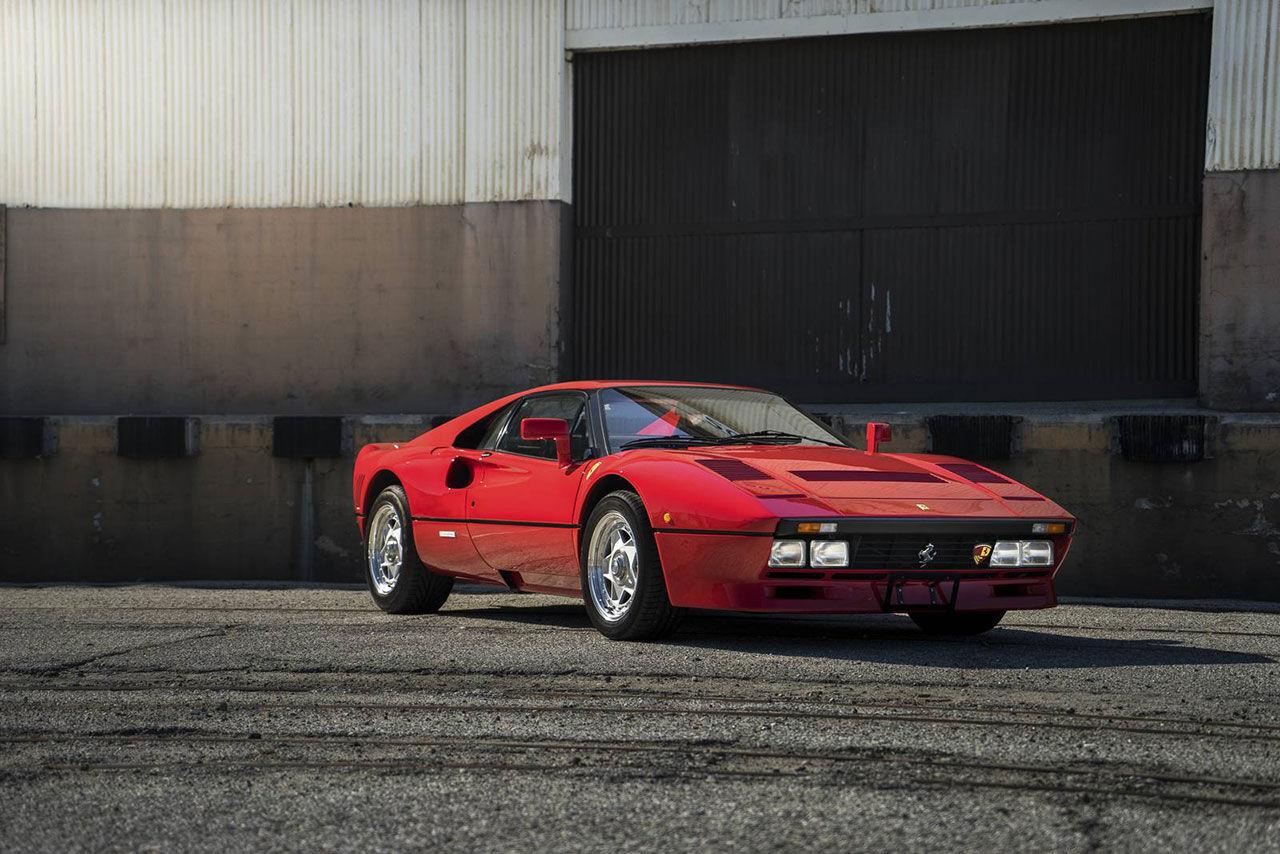 Ferrari 288 GTO såldes för nästan tre miljoner dollar