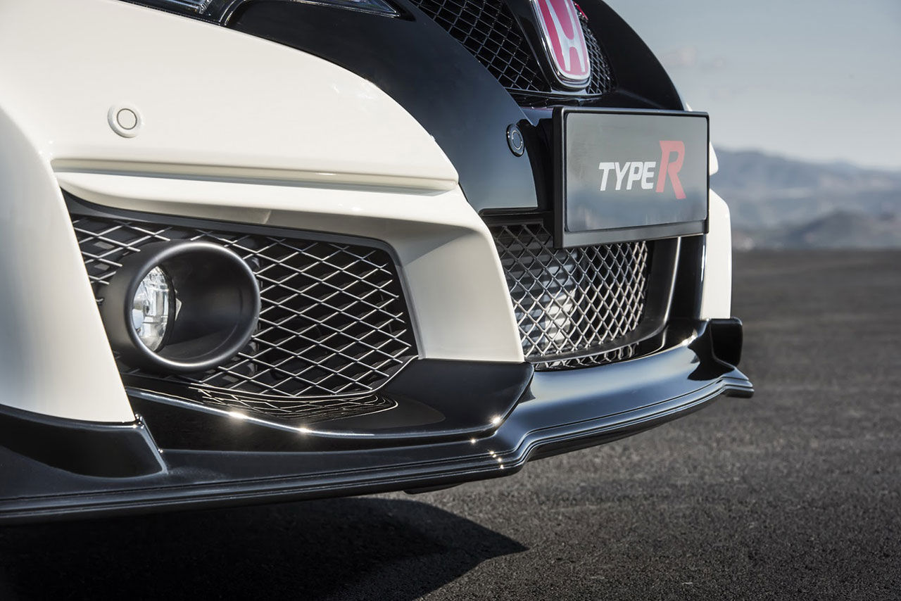 Första bilderna på nya Honda Civic Type R