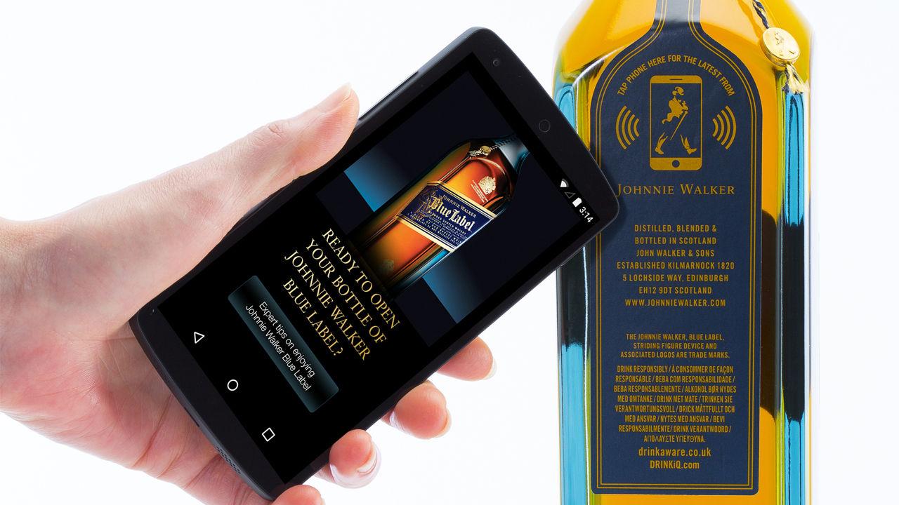 Diageo och Thinfilm tar fram NFC-berikad whisky