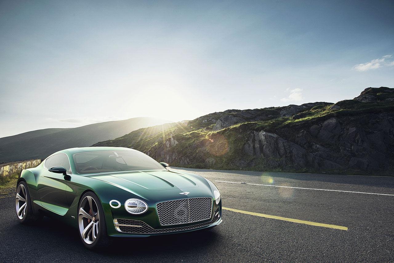 Bentley visar konceptbilen EXP 10 Speed 6