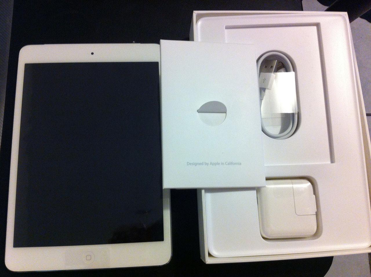 Påvens avlagda iPad såld för 270.000 kronor