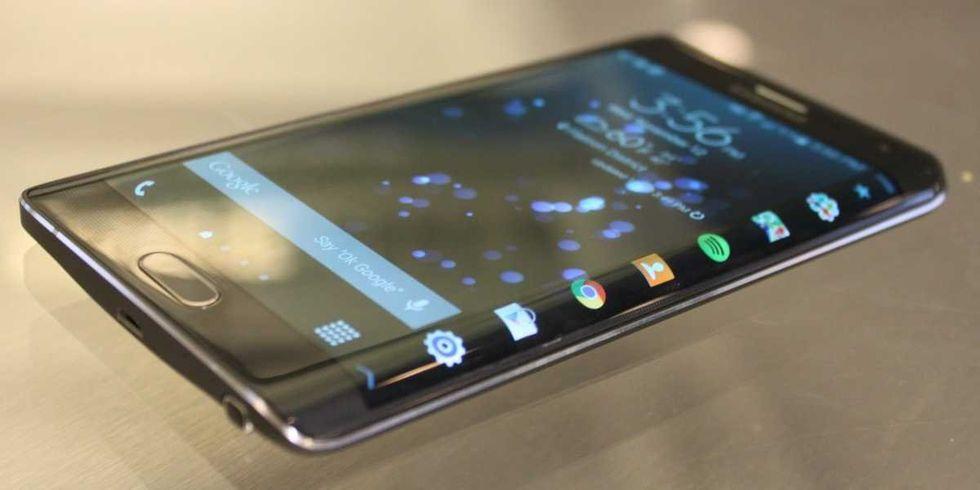 Samsung tar bort sin logotyp på telefoner i Japan