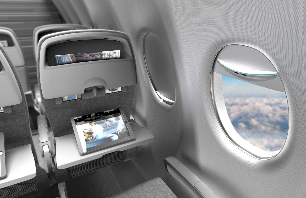 Ladda grejer med solenergi på flygplanet
