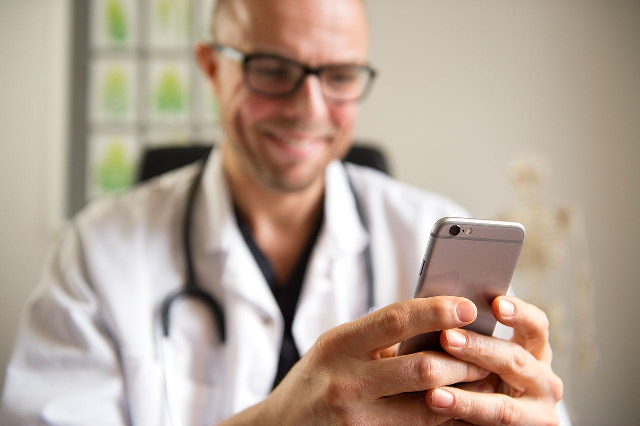 Nu kommer doktorn till mobilen