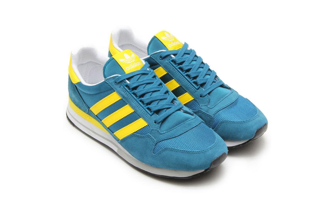 Adidassneaker med Sverigefeeling