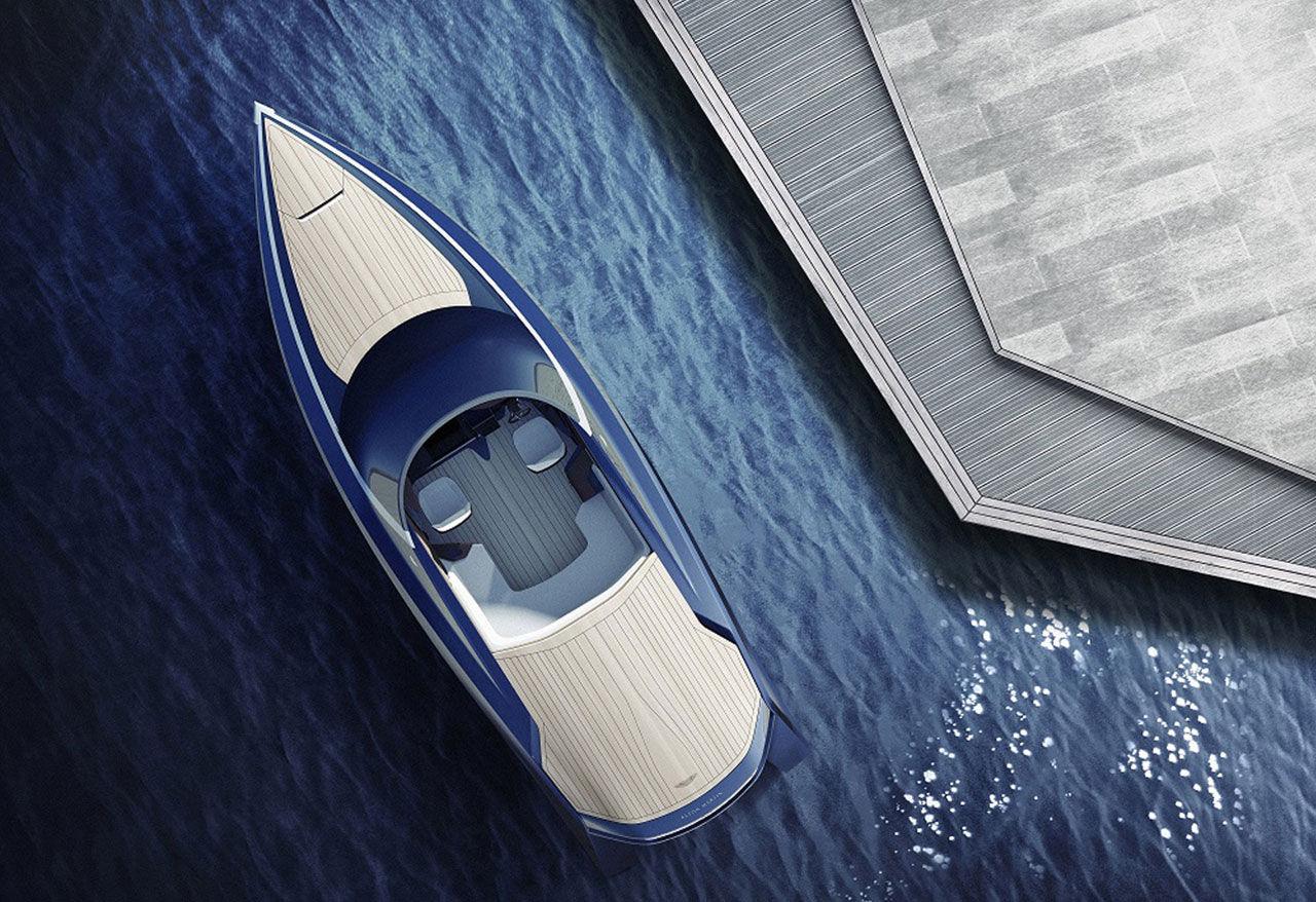 Aston Martin ger sig in i båtbranschen