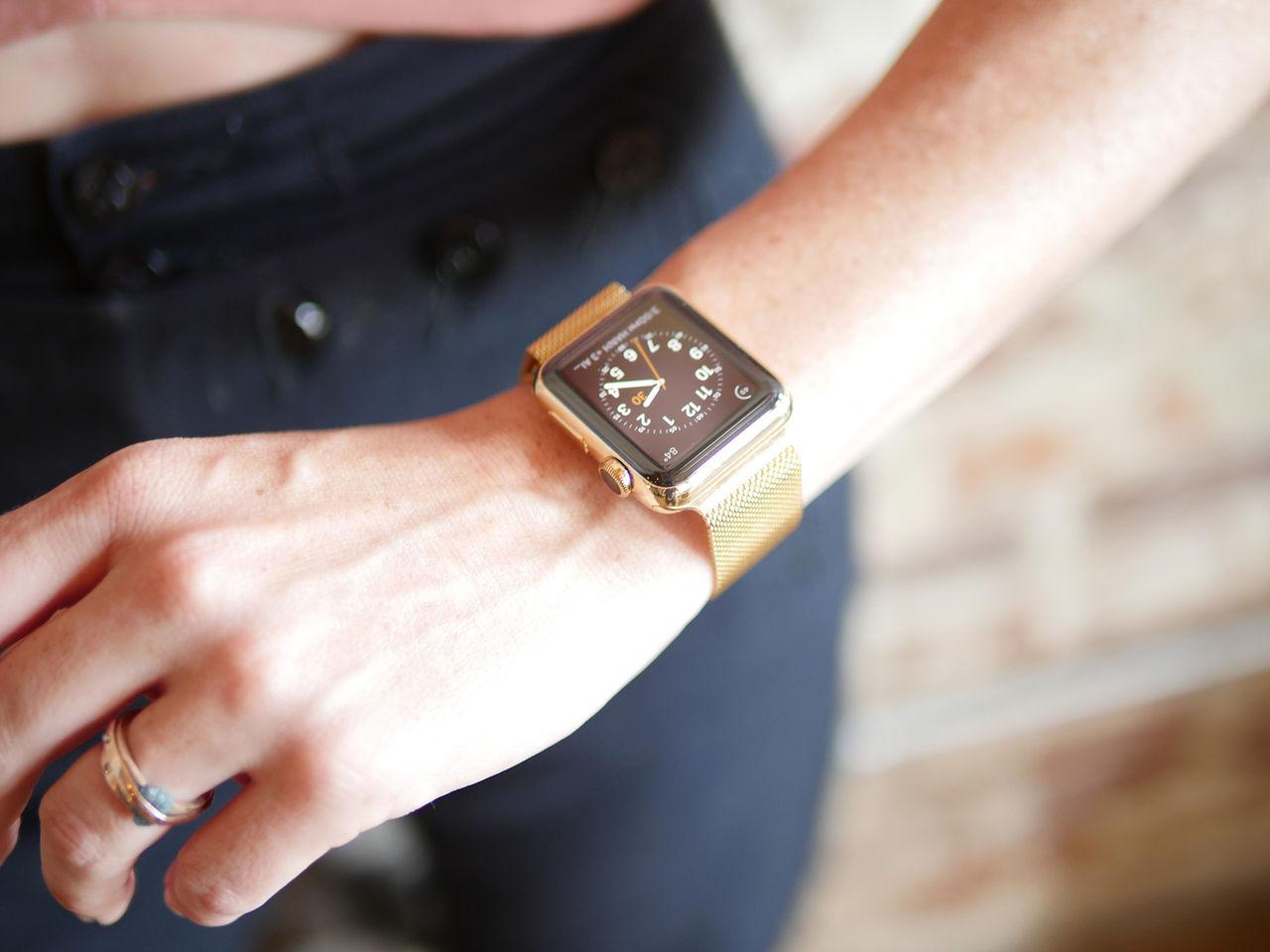 Juvelerare gör din Apple Watch till guldklocka