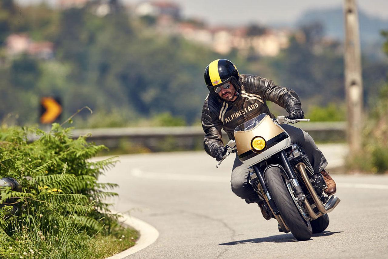Yamaha firar 20 år med XJR