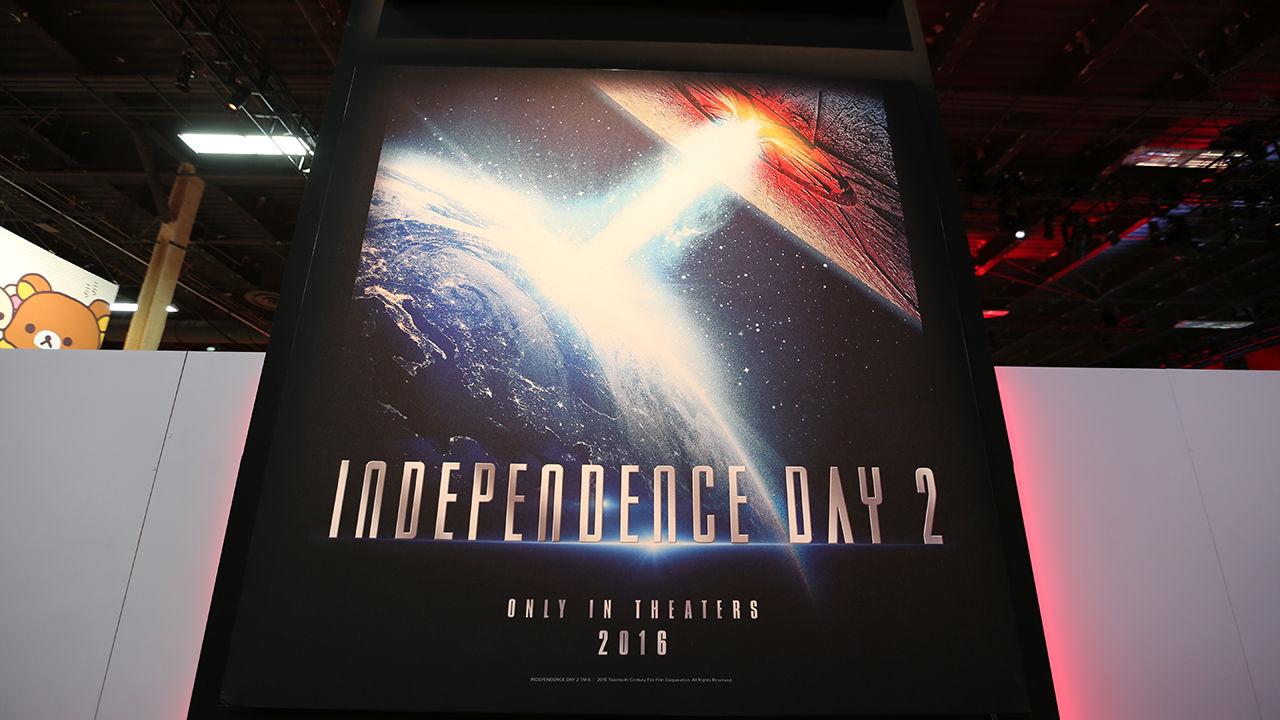 Här är affischen till Independence Day 2