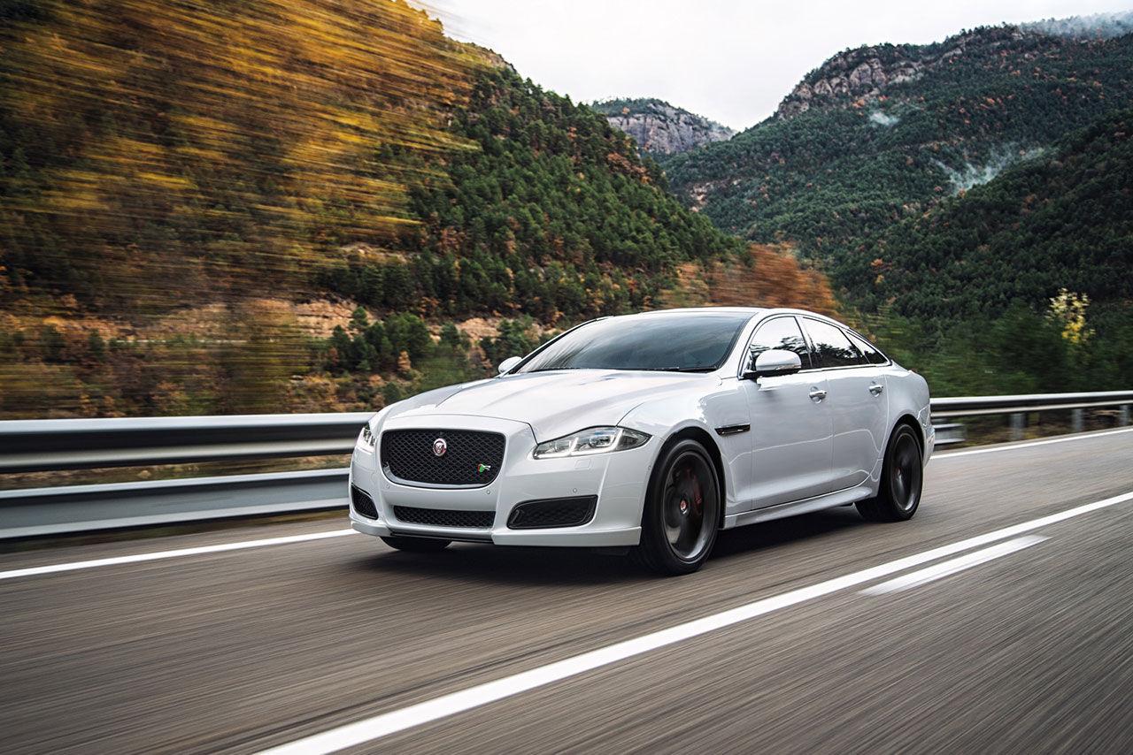 Jaguar lyfter XJ