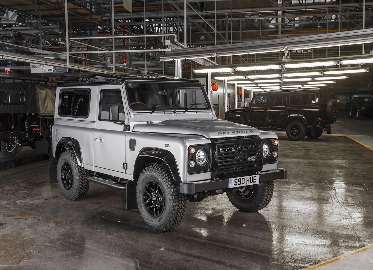 Land Rover har byggt 2 miljoner Defenders