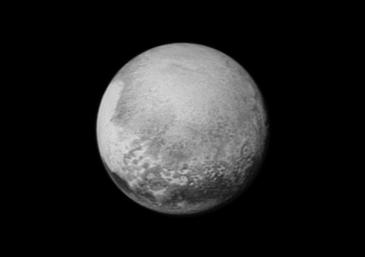 Idag flyger New Horizons förbi Pluto