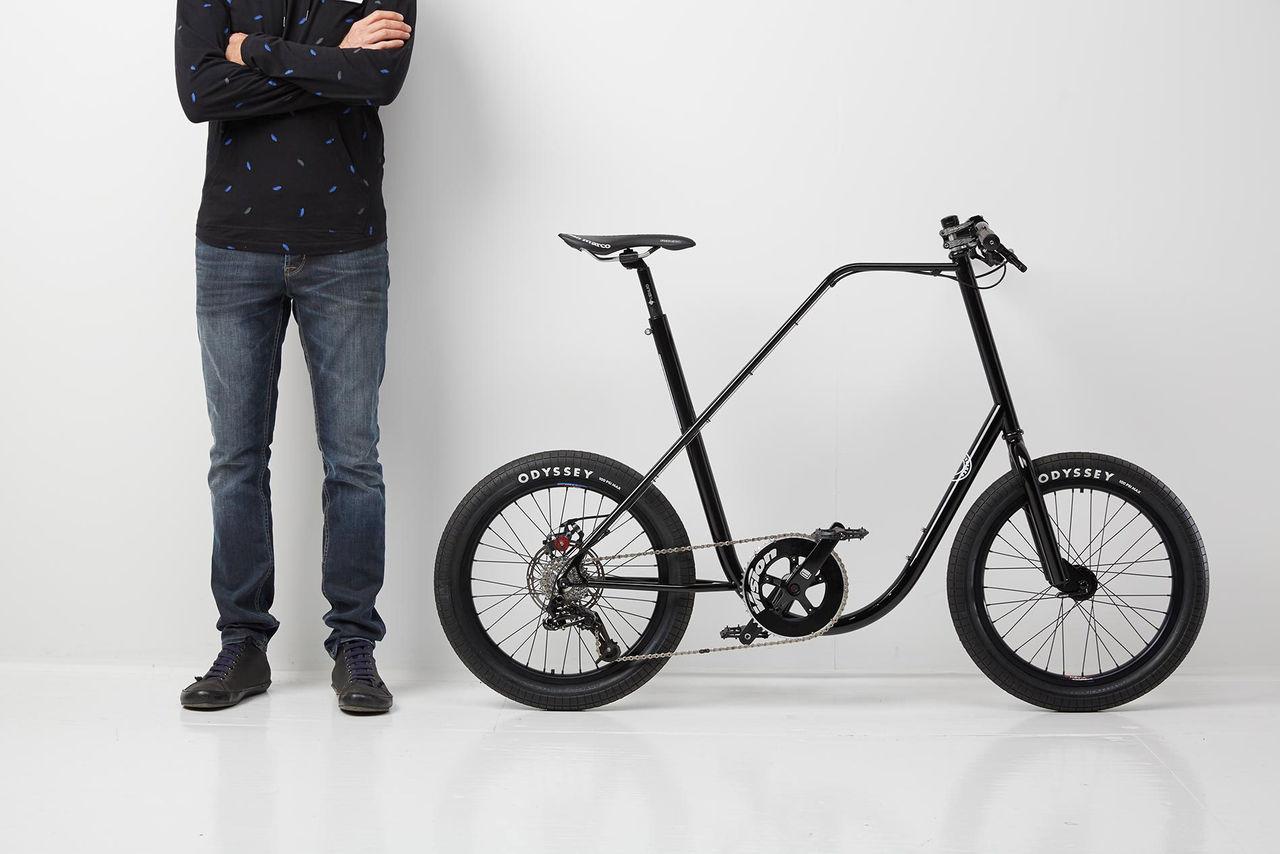 Fräscha Stor cykel med små hjul. Smidigt och roligt | Tjock / Garaget HY-37