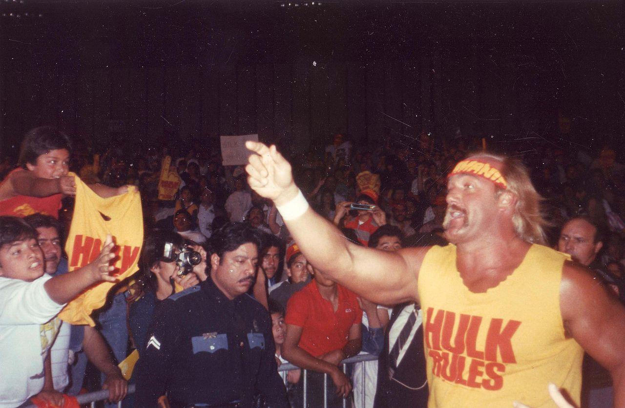 WWE kickar Hulk Hogan?
