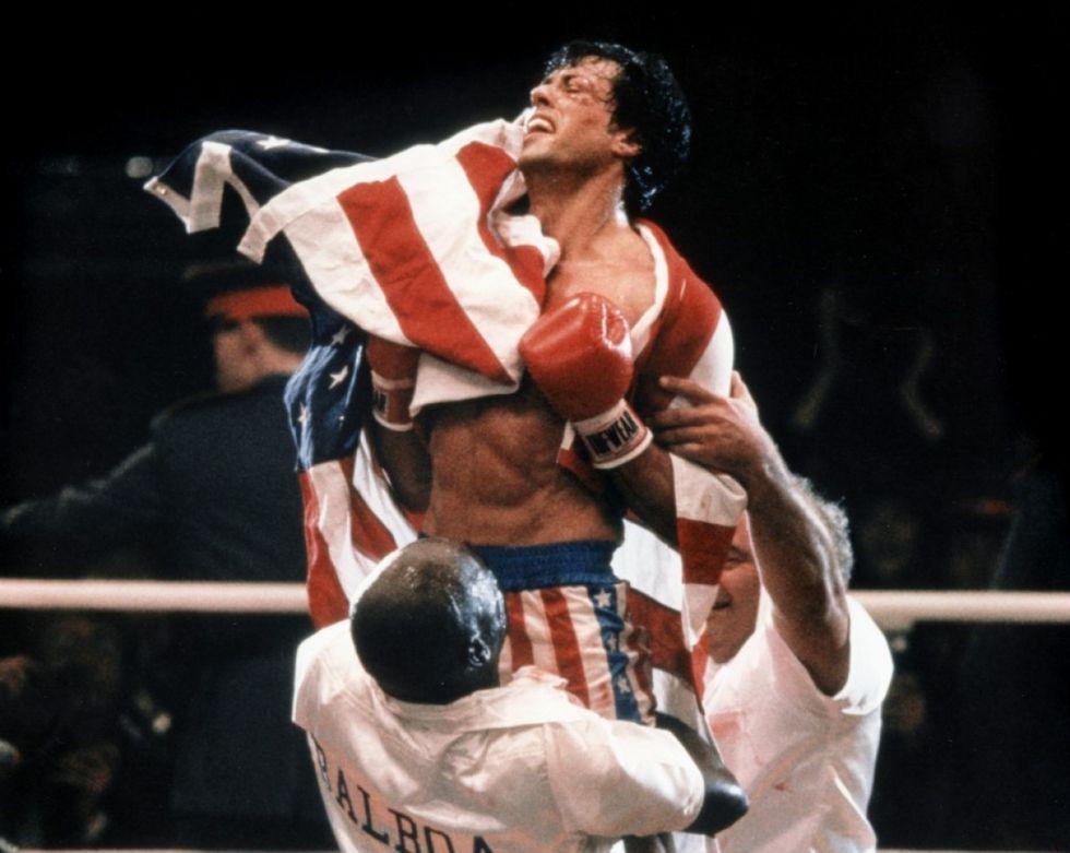 Sylvester Stallone auktionerar ut filmrekvisita