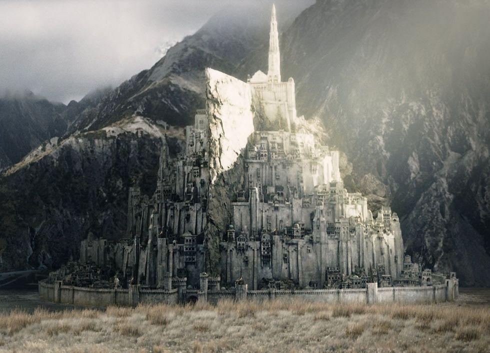 Sagan om ringen-fans vill bygga upp Minas Tirith i verkligheten