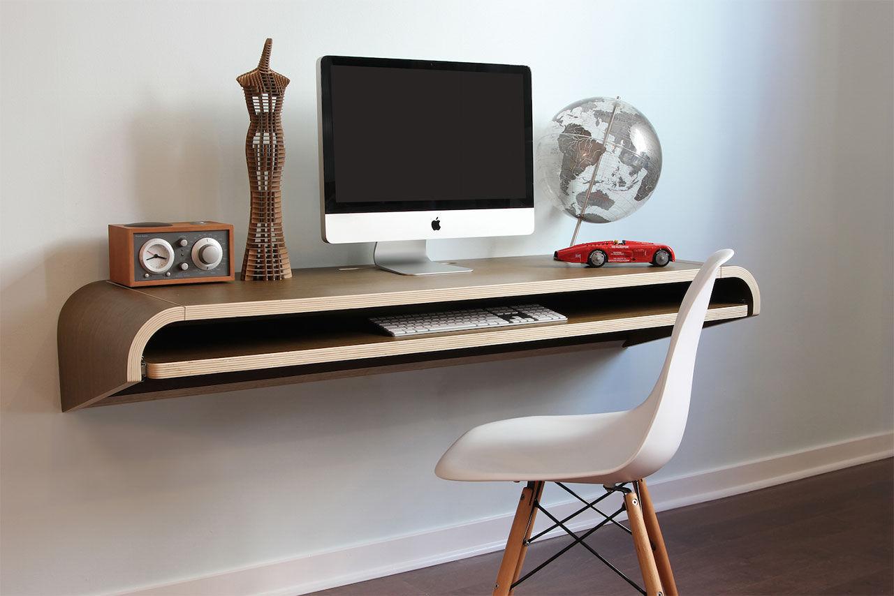 Minimalistiskt skrivbord för väggen