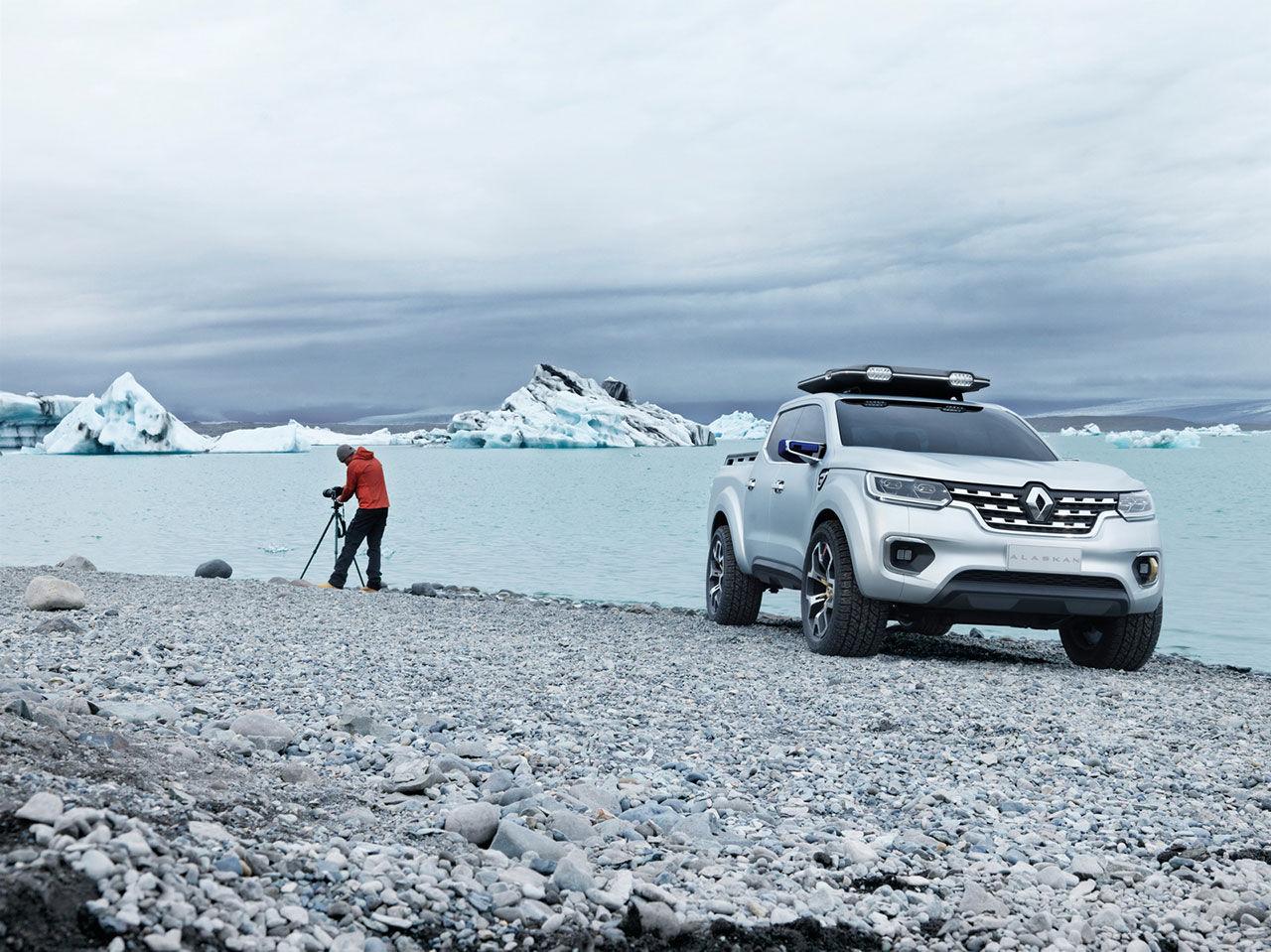 Renault presenterar Alaskan