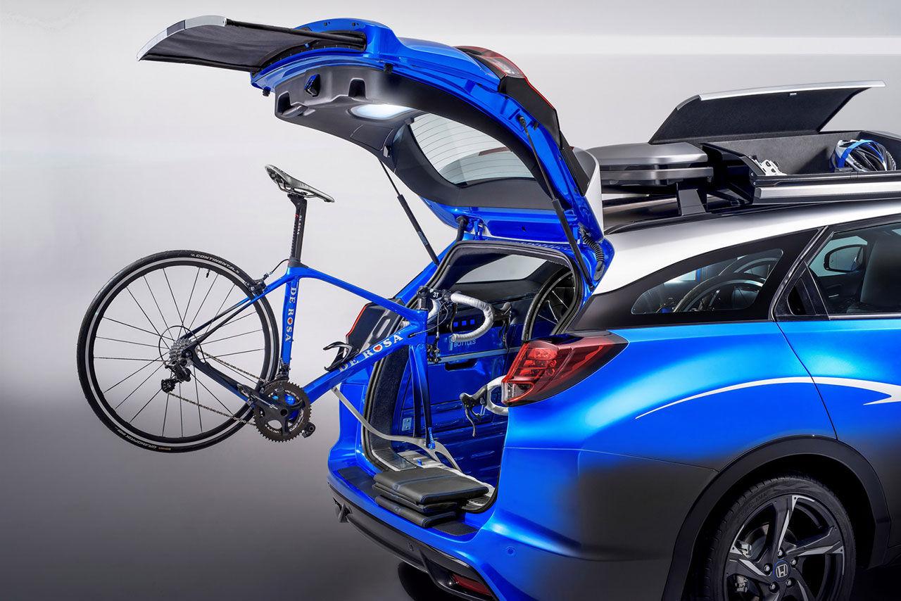 Honda visar kombi för cykelentusiasten