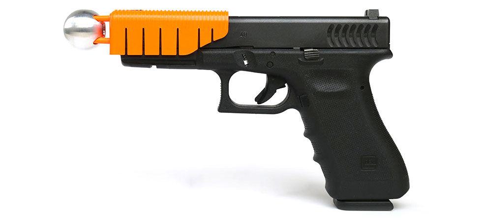 Pistolstillbehör som gör pistolen mindre dödlig