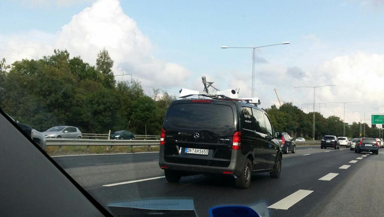 Apple Maps-bil siktad i Sverige